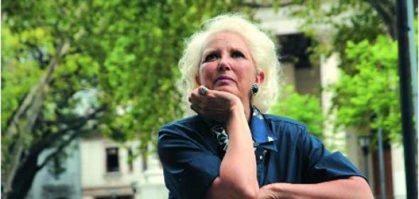 Susana Rinaldi en Revista Veintitrés